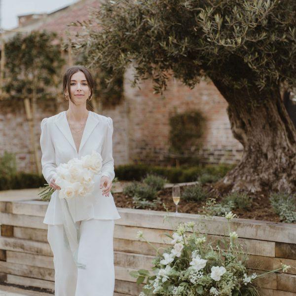 Thirsk-Lodge-Barns_Wedding-Venue_199-Georgina-Harrison-Photography