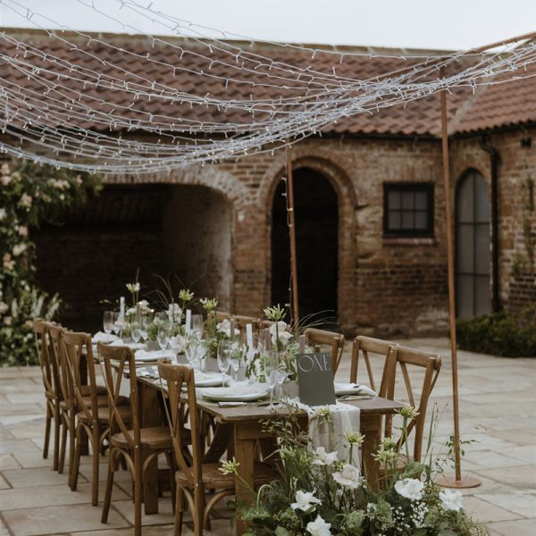 Thirsk-Lodge-Barns_Wedding-venue-20-Georgina-Harrison-Photography