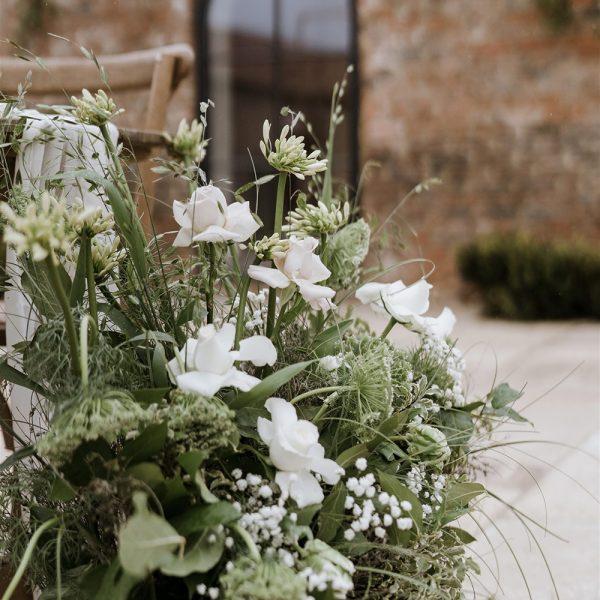 Thirsk-Lodge-Barns_Wedding-venue-3-Georgina-Harrison-Photography