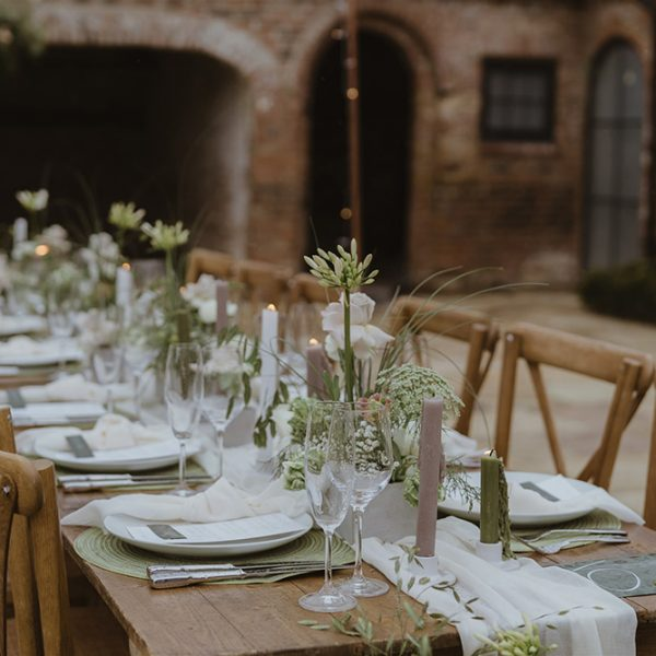 Thirsk-Lodge-Barns_Wedding-venue-72-Georgina-Harrison-Photography